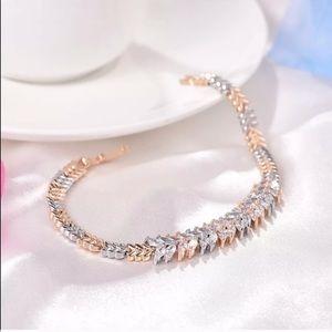 🎉 Beautiful White Sapphire Tennis Bracelet 🎉